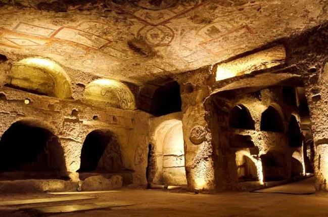 catacombe di san gennaro napoli